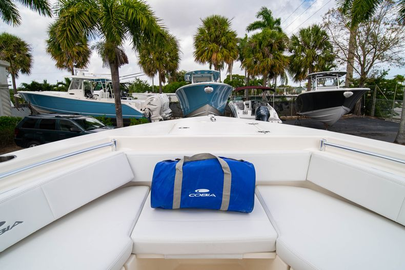 Thumbnail 34 for New 2020 Cobia 201 CC Center Console boat for sale in Miami, FL