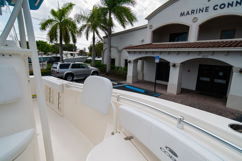 Thumbnail 37 for New 2020 Cobia 201 CC Center Console boat for sale in Miami, FL