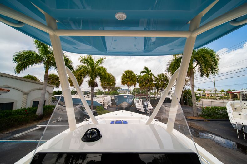 Thumbnail 24 for New 2020 Cobia 201 CC Center Console boat for sale in Miami, FL