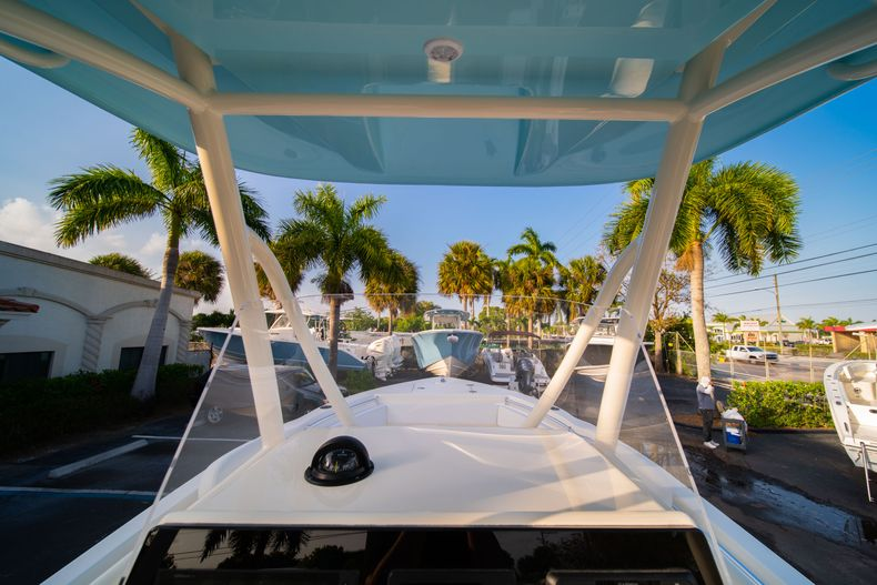 Thumbnail 23 for New 2020 Cobia 220 CC Center Console boat for sale in West Palm Beach, FL