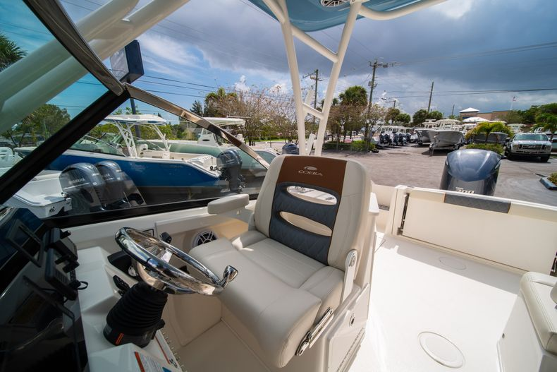 Thumbnail 32 for New 2020 Cobia 240 DC boat for sale in West Palm Beach, FL