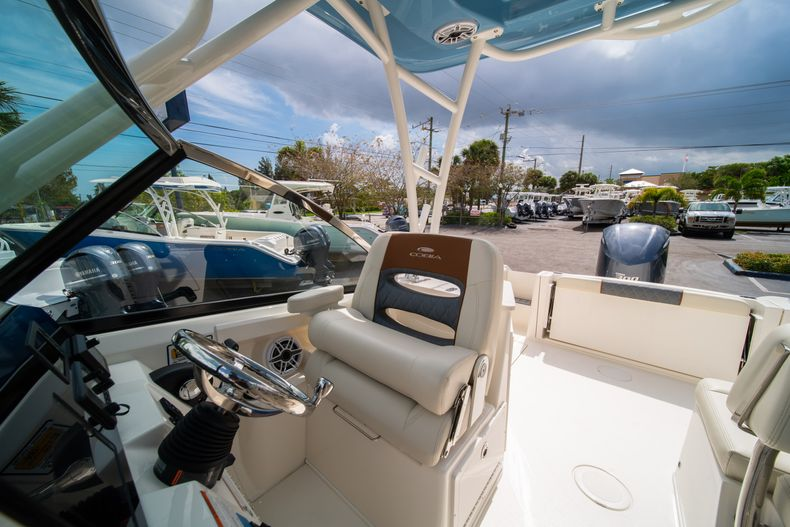 Thumbnail 31 for New 2020 Cobia 240 DC boat for sale in West Palm Beach, FL