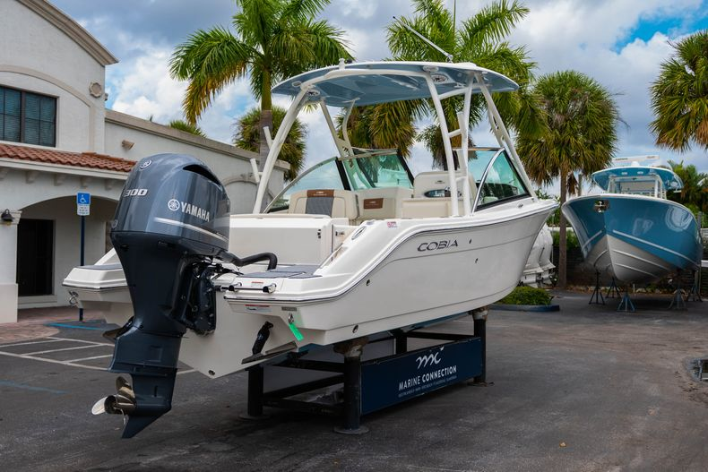 Thumbnail 7 for New 2020 Cobia 240 DC boat for sale in West Palm Beach, FL