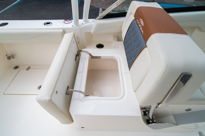 Thumbnail 23 for New 2020 Cobia 240 DC boat for sale in West Palm Beach, FL