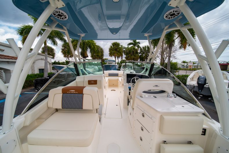 Thumbnail 10 for New 2020 Cobia 240 DC boat for sale in West Palm Beach, FL