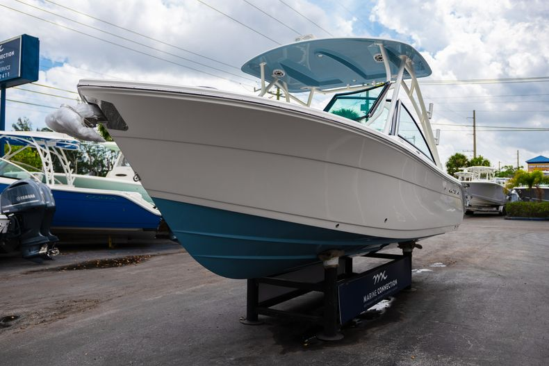 Thumbnail 3 for New 2020 Cobia 240 DC boat for sale in West Palm Beach, FL