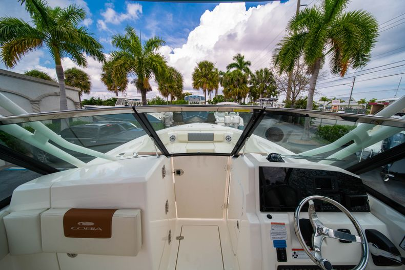 Thumbnail 41 for New 2020 Cobia 240 DC boat for sale in West Palm Beach, FL