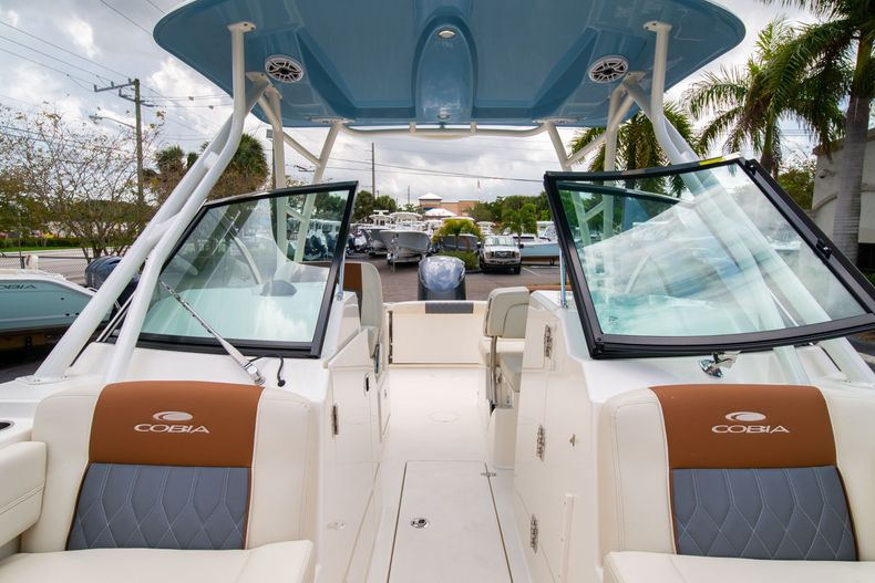 Thumbnail 48 for New 2020 Cobia 240 DC boat for sale in West Palm Beach, FL
