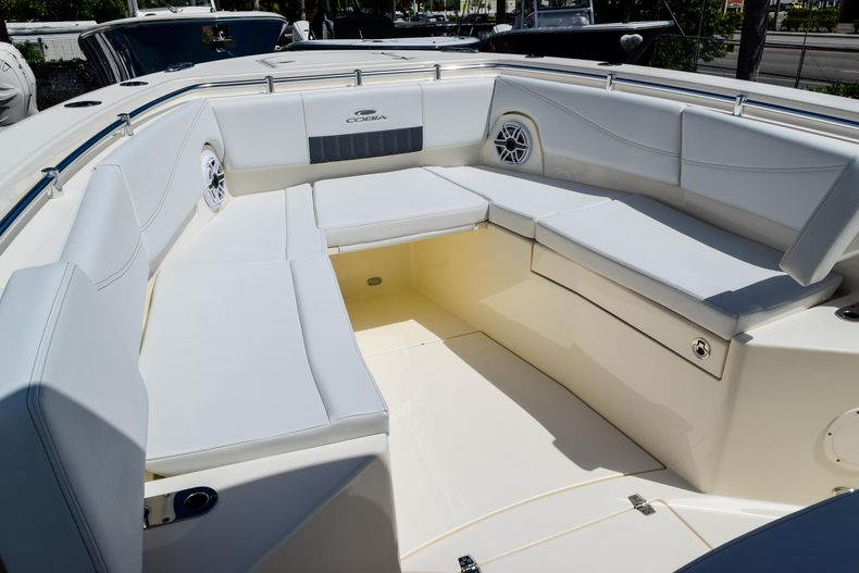 Thumbnail 95 for New 2020 Cobia 320 CC Center Console boat for sale in West Palm Beach, FL