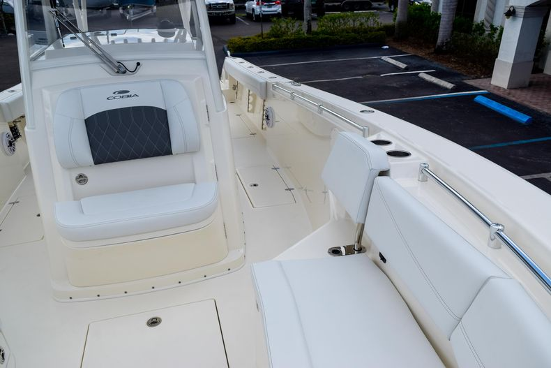 Thumbnail 112 for New 2020 Cobia 320 CC Center Console boat for sale in West Palm Beach, FL