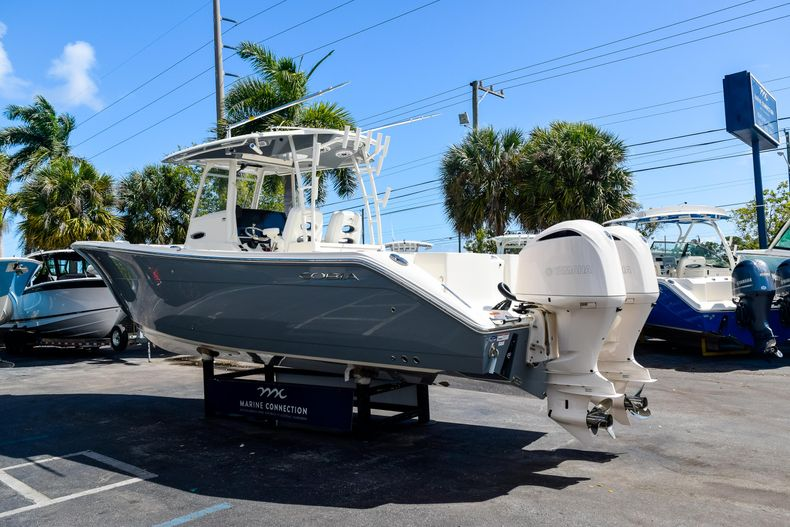 Thumbnail 7 for New 2020 Cobia 320 CC Center Console boat for sale in West Palm Beach, FL