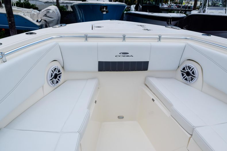 Thumbnail 106 for New 2020 Cobia 320 CC Center Console boat for sale in West Palm Beach, FL