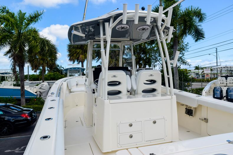 Thumbnail 117 for New 2020 Cobia 320 CC Center Console boat for sale in West Palm Beach, FL