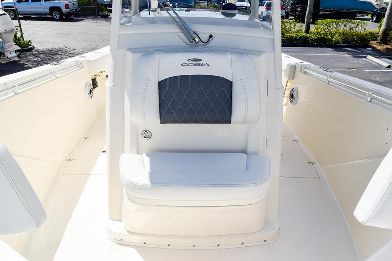 Thumbnail 82 for New 2020 Cobia 320 CC Center Console boat for sale in West Palm Beach, FL