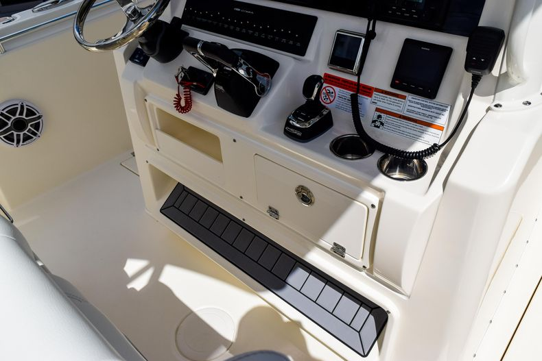 Thumbnail 78 for New 2020 Cobia 320 CC Center Console boat for sale in West Palm Beach, FL