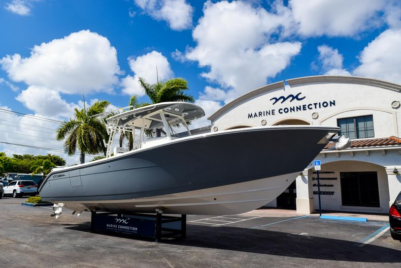 Thumbnail 3 for New 2020 Cobia 320 CC Center Console boat for sale in West Palm Beach, FL