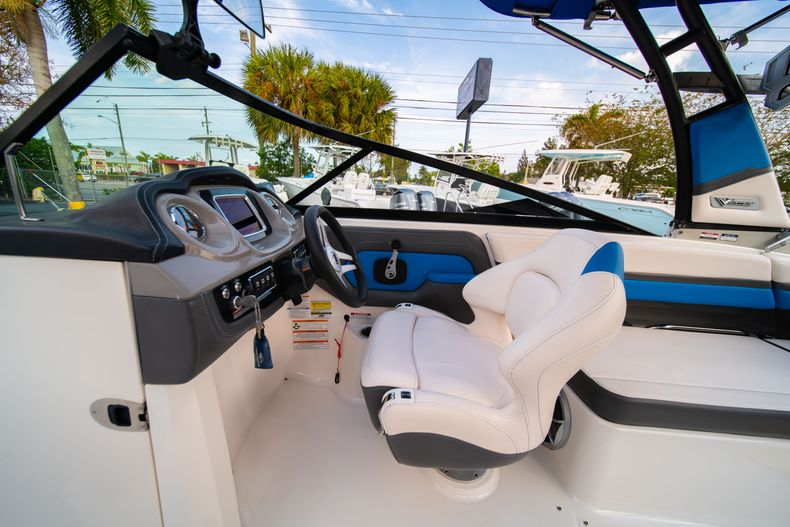 Thumbnail 33 for Used 2017 Chaparral 2430 VRX boat for sale in West Palm Beach, FL