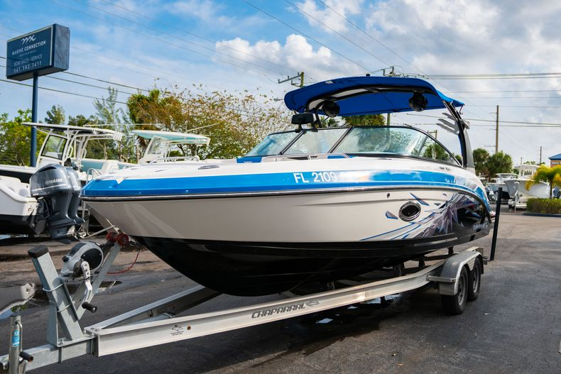 Thumbnail 3 for Used 2017 Chaparral 2430 VRX boat for sale in West Palm Beach, FL