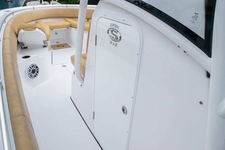 Thumbnail 37 for New 2020 Sportsman Open 312 Center Console boat for sale in West Palm Beach, FL