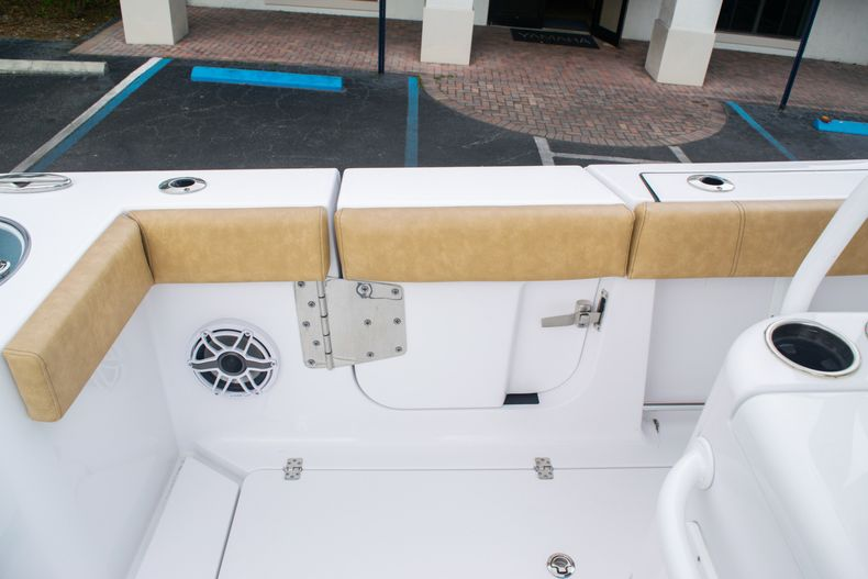 Thumbnail 22 for New 2020 Sportsman Open 312 Center Console boat for sale in West Palm Beach, FL