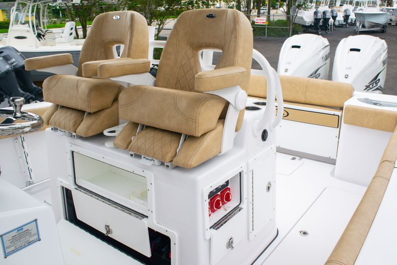 Thumbnail 29 for New 2020 Sportsman Open 312 Center Console boat for sale in West Palm Beach, FL