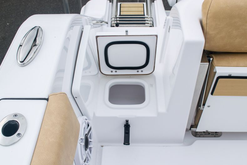 Thumbnail 9 for New 2020 Sportsman Open 312 Center Console boat for sale in West Palm Beach, FL
