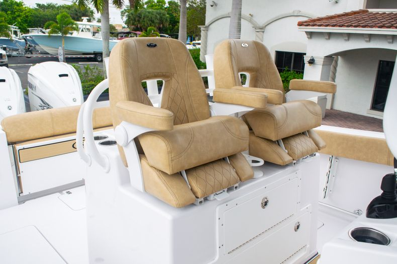 Thumbnail 26 for New 2020 Sportsman Open 312 Center Console boat for sale in West Palm Beach, FL