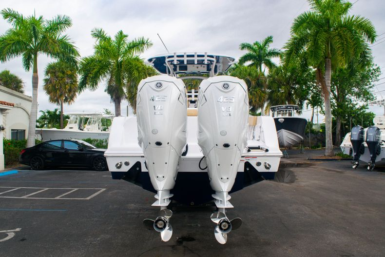 Thumbnail 6 for New 2020 Sportsman Open 312 Center Console boat for sale in West Palm Beach, FL