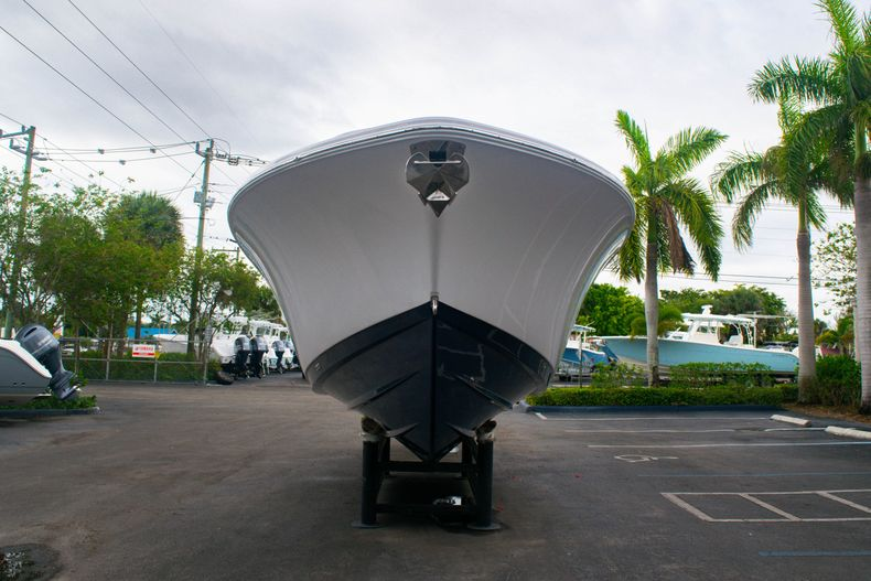 Thumbnail 2 for New 2020 Sportsman Open 312 Center Console boat for sale in West Palm Beach, FL