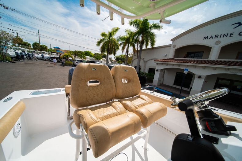 Thumbnail 28 for New 2020 Sportsman Open 242 Center Console boat for sale in West Palm Beach, FL