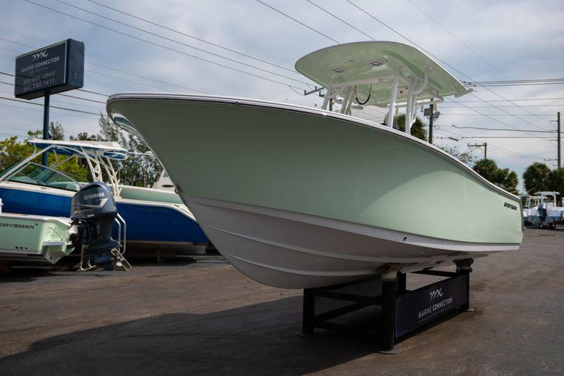 Thumbnail 3 for New 2020 Sportsman Open 242 Center Console boat for sale in West Palm Beach, FL