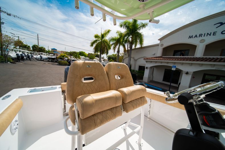 Thumbnail 27 for New 2020 Sportsman Open 242 Center Console boat for sale in West Palm Beach, FL