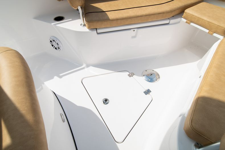 Thumbnail 35 for New 2020 Sportsman Open 242 Center Console boat for sale in West Palm Beach, FL