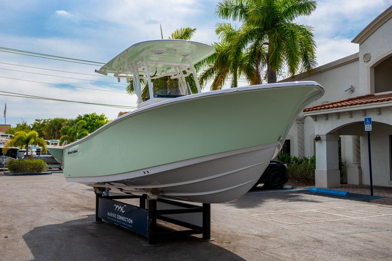 Thumbnail 1 for New 2020 Sportsman Open 242 Center Console boat for sale in West Palm Beach, FL