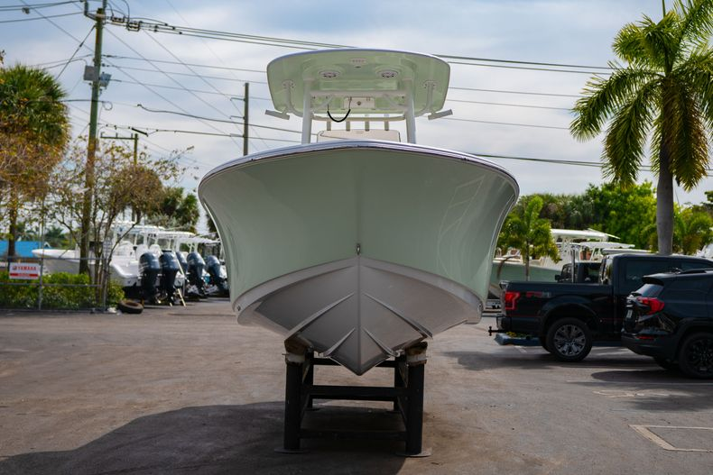 Thumbnail 2 for New 2020 Sportsman Open 242 Center Console boat for sale in West Palm Beach, FL