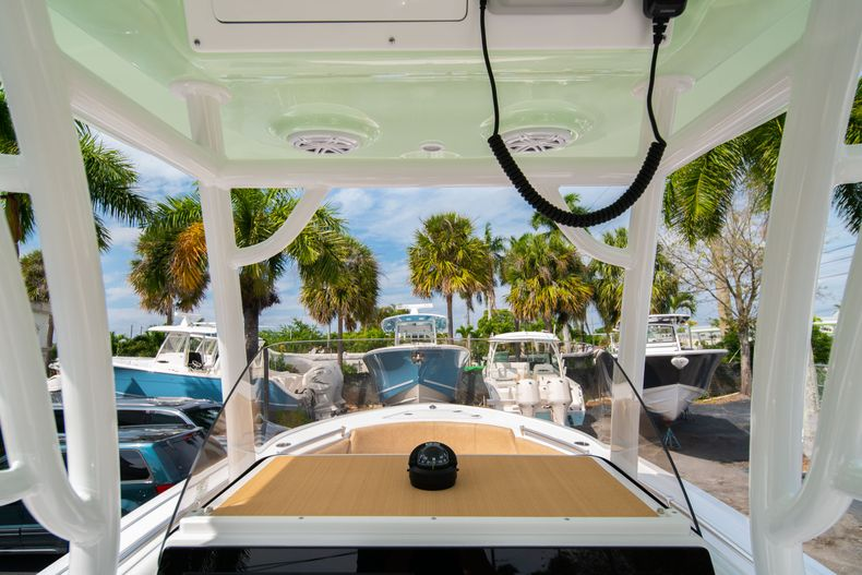Thumbnail 25 for New 2020 Sportsman Open 242 Center Console boat for sale in West Palm Beach, FL