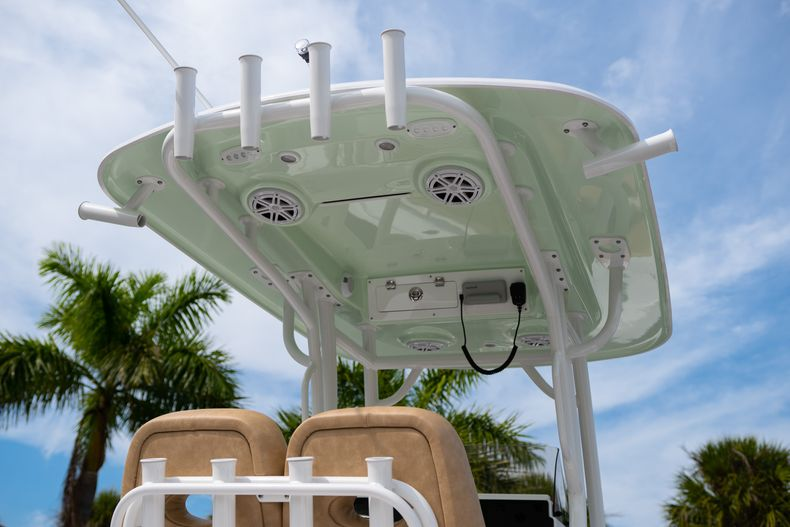 Thumbnail 8 for New 2020 Sportsman Open 242 Center Console boat for sale in West Palm Beach, FL