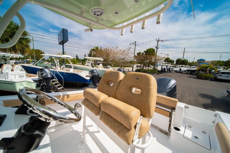 Thumbnail 29 for New 2020 Sportsman Open 242 Center Console boat for sale in West Palm Beach, FL