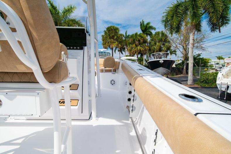 Thumbnail 17 for New 2020 Sportsman Open 242 Center Console boat for sale in West Palm Beach, FL