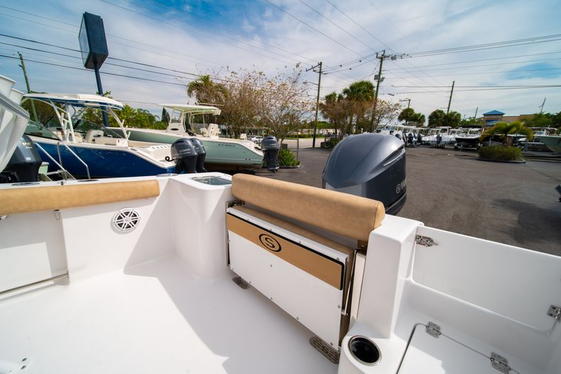 Thumbnail 13 for New 2020 Sportsman Open 242 Center Console boat for sale in West Palm Beach, FL