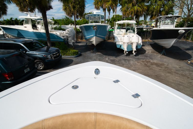 Thumbnail 37 for New 2020 Sportsman Open 242 Center Console boat for sale in West Palm Beach, FL