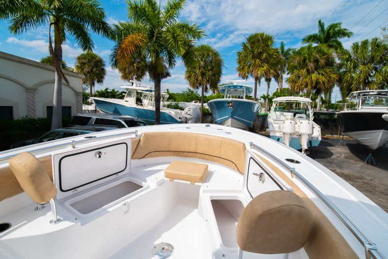 Thumbnail 32 for New 2020 Sportsman Open 242 Center Console boat for sale in West Palm Beach, FL