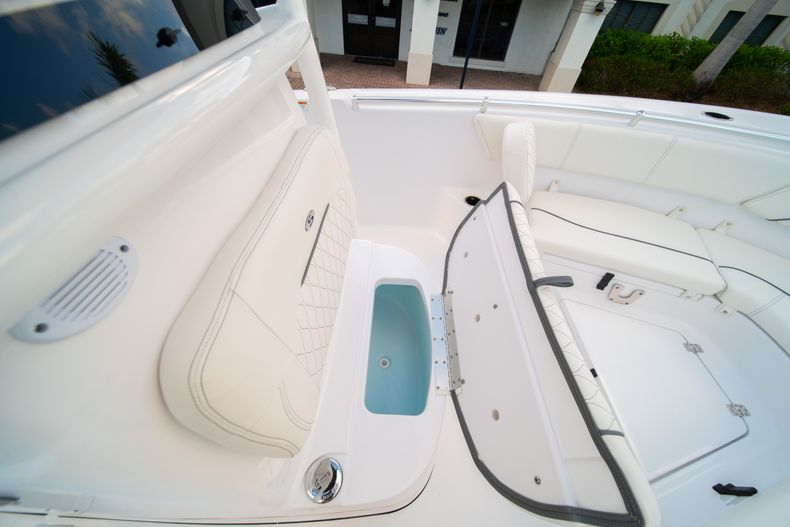 Thumbnail 37 for New 2020 Sportsman Heritage 231 Center Console boat for sale in West Palm Beach, FL