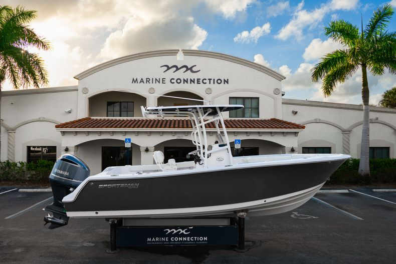 Thumbnail 0 for New 2020 Sportsman Heritage 231 Center Console boat for sale in West Palm Beach, FL