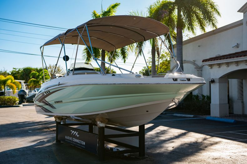 Thumbnail 1 for Used 2018 Stingray 192SC boat for sale in West Palm Beach, FL