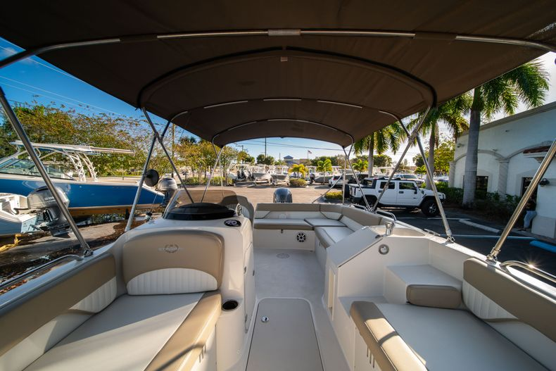 Thumbnail 29 for Used 2018 Stingray 192SC boat for sale in West Palm Beach, FL