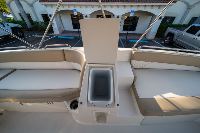 Thumbnail 18 for Used 2018 Stingray 192SC boat for sale in West Palm Beach, FL