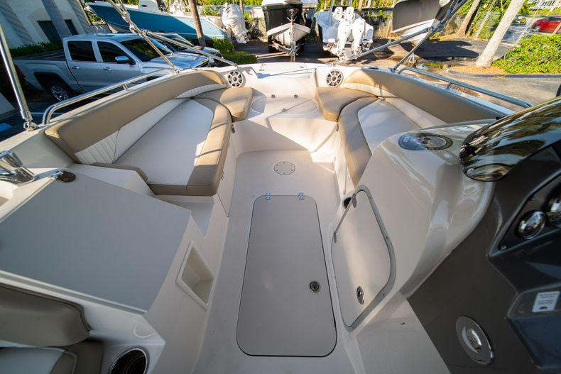 Thumbnail 21 for Used 2018 Stingray 192SC boat for sale in West Palm Beach, FL