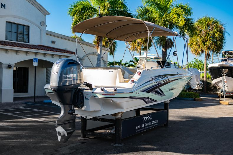 Thumbnail 7 for Used 2018 Stingray 192SC boat for sale in West Palm Beach, FL