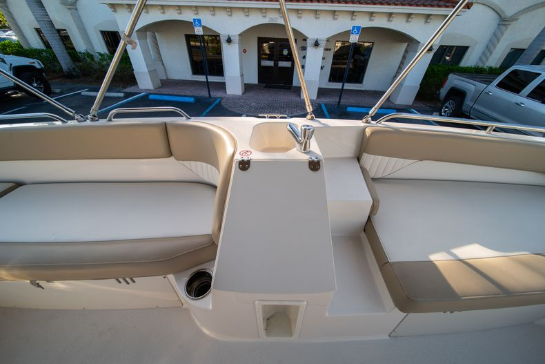 Thumbnail 17 for Used 2018 Stingray 192SC boat for sale in West Palm Beach, FL